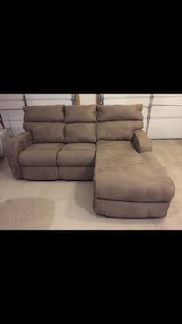 New jennifer convertibles couch with reclining chaise - price negotiable Marlboro, 07751
