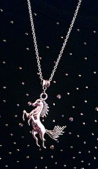Horse Pendant with a 925 Sterling Silver Necklace  1264 mi