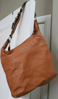 women's brown leather Coach hobo bag Waterford, N0E 1Y0