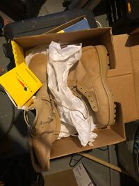 Military boots new in box  Ingram, 15205