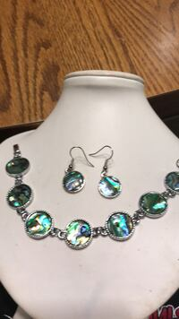 Abalone Shell Bracelet & Earrings  Oklahoma City, 73149