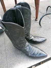 pair of black leather cowboy boots Arcadia, 91006
