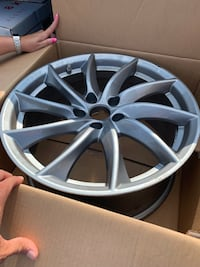 Brand new 18 inch rams London, N6G