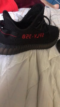 VERY RARE Yeezy Bred Size 10