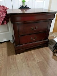 Two drawers night stand ( not set,only one)
