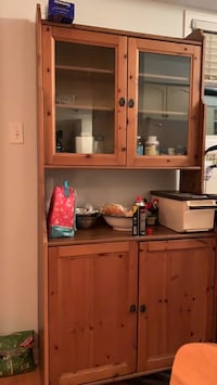 Cabinet, excellent condition, pick up Newmarket