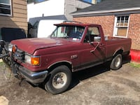 Plow Truck Ford Pick Up- F-150 - 1991 Port Chester