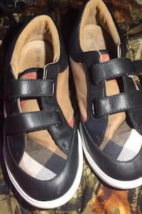 Burberry Shoes Parkville, 21234