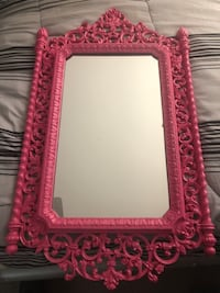 Rectangular pink floral framed mirror Oxon Hill-Glassmanor, 20745