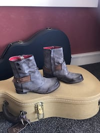 Brand new pair of gray leather boots sz 37 euro. sz us 6 - 6 1/2 Salinas, 93907