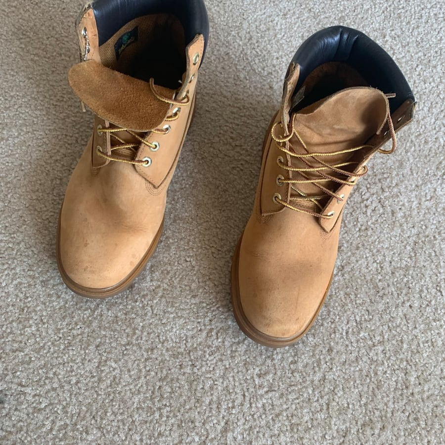 Mens Wheat Timberland Boots Size 11.5 (Used) 8c635326-fb91-40a4-9407-e906d12c2816