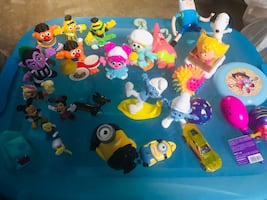 Assorted Small Toys, Favors, Activities and Puzzles!