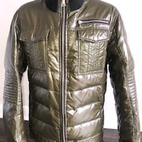 Mens Dolce & Gabbana Quilted Jacket w/ logoed plaque. Medium.  Toronto, M1K 3Z7