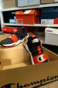 9.5 Champion Sneakers