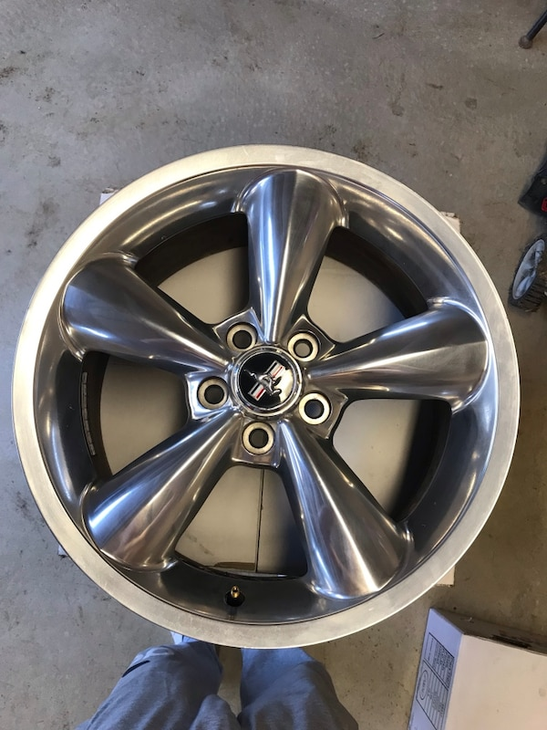 2008 Mustang Rims >> 18x8 Rims Off Of A 2008 Mustang Gt