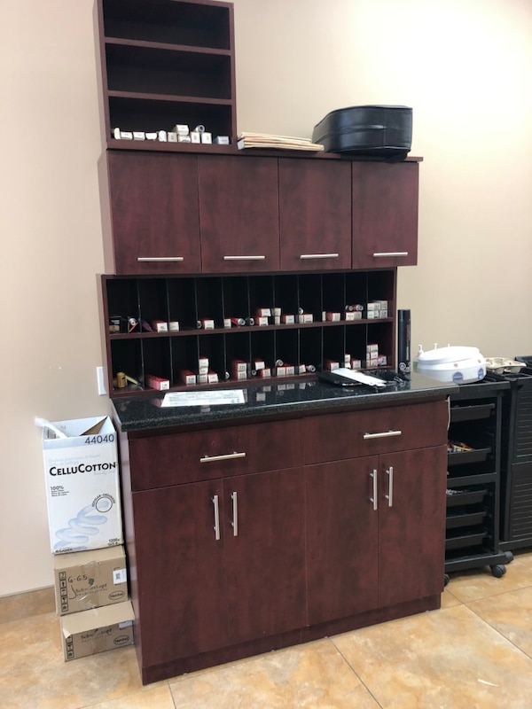 Hair color cabinets