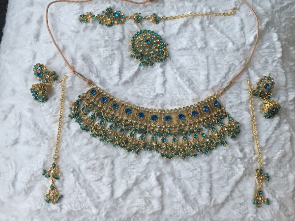 7 piece Blue and Gold Indian Set