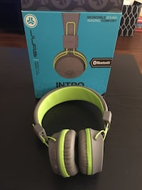 Bluetooth headphones Moreno Valley, 92553