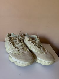 Yeezy 500 Supermoon Yellow US12 River Forest, 60305