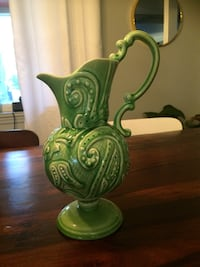 green and white ceramic vase Laval, H7G