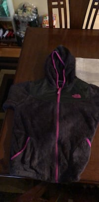 Girls North Face size large Revere, 02151