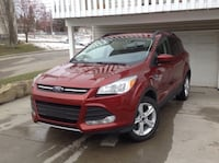 2016 Ford Escape SE 4WD EcoBoost SUV / Engine: 1.6L TURBO Calgary, T2T 0H6