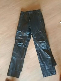 Leather size m Nanaimo, V9S 2W4