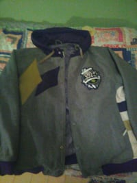 Grey black with yellow pattern Rocawear hoodie coa