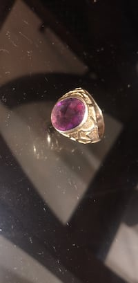 1 Versace Gold ring / 1 gold ring with amethyst gem