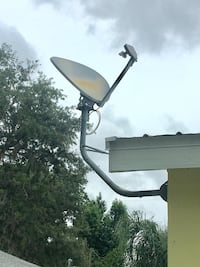 Direct TV wall mount satellite dish Crystal River, 34429