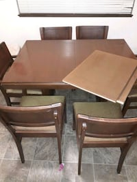 Dinning room table W/6 Chairs