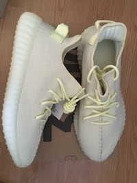 Yeezy butter size 11 Toronto, M1W 1P3
