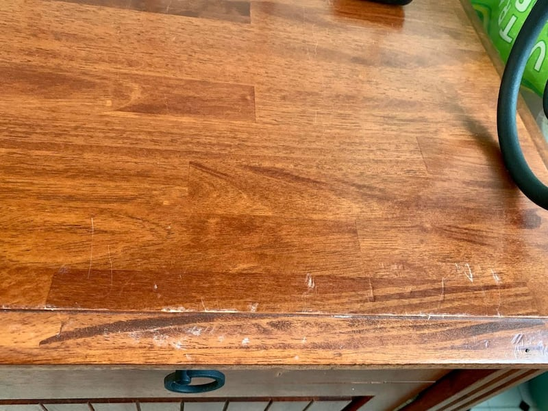 (SET/OBO) Beautiful Wood & Iron Cabinet Kitchen Hutch / Dining Table with 4 Chairs (Accepting Offers, Adjustable Bottom Shelves) bd852a07-b277-4fdc-a49b-1f3321a1a675