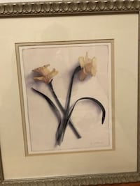 Wall decor Set of 2 Yellow daffodil  $20 for 2 or $15 each Vaughan, L4H 0E5