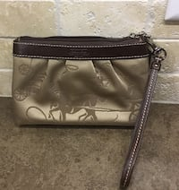 Nice Wristlet in EUC from N/S home. Mission