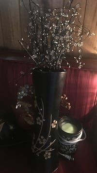Vase w/ battery operated light branches