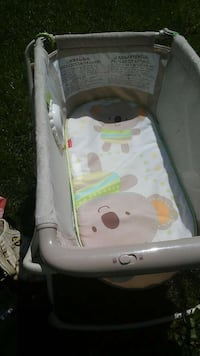 baby's white and gray bouncer Martinsburg, 25405