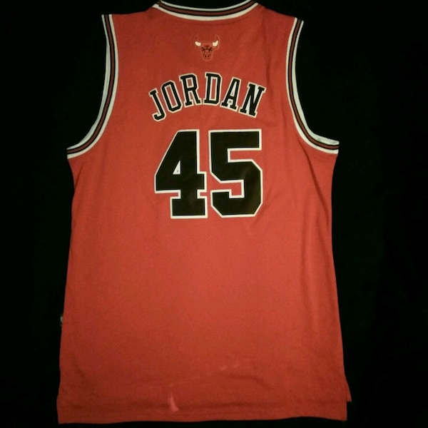 competitive price e7767 b8e71 Michael Jordan Chicago Bulls Jersey 45 XL
