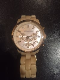 Michael kors watch  Vaughan, L6A 2H1
