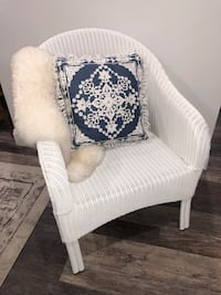 White Wicker Resin Chair with steel legs