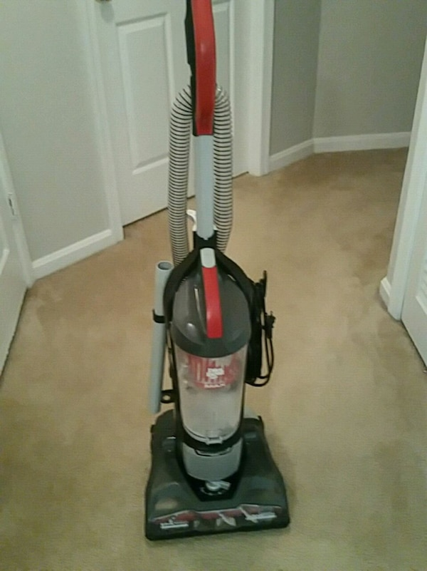Brand new Dirt Devil Vaccuum(Used 1 time)