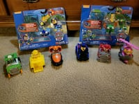 assorted-color plastic toy lot 27 km