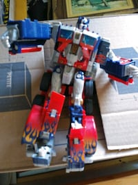 TRANSFORMERS OPTIMUS PRIME FIGURE Pickering, L1V 3V7