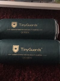 2 Queen size pillows/ brand new