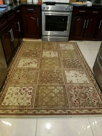 brown and white floral area rug Richmond Hill, L4B 1Y9