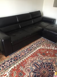 tufted black leather sectional sofa Newcastle, L1B 1N8