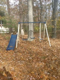 Swing set Clarksville, 21029