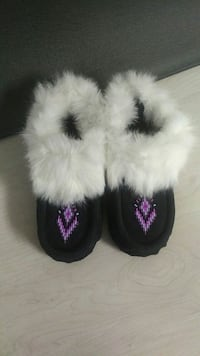 black-purple-and-white fur-lined