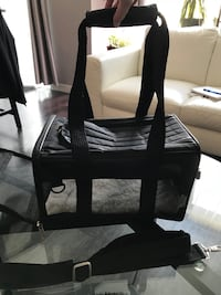 Airline Approved Small Soft Dog Carrier  Calgary, T3R