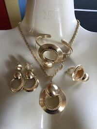 silver and gold necklace and earrings Edmonton, T5E 3J1